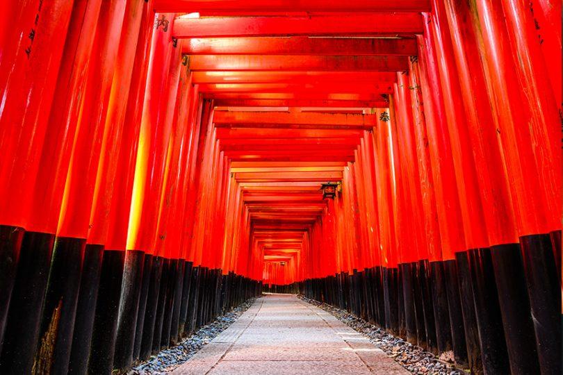 京都最有人气的地方——伏见稻荷大社