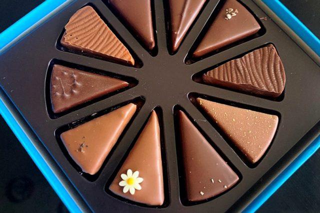 アッサンブラージュ カキモト「チョコレートケーキ」