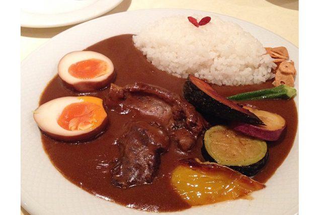 SPICE DINING biji (スパイスダイニング・ビジ)